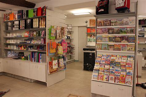 arredamento cartoleria arredamento cartoleria como arredo negozio cartoleria
