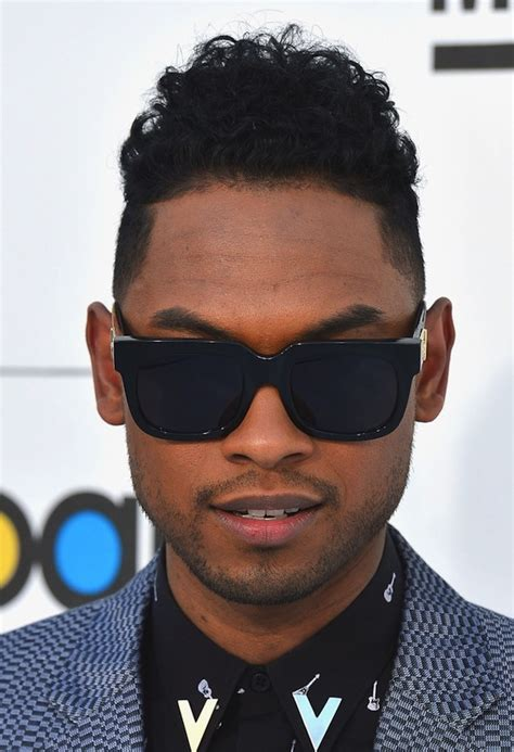 miguel photos photos 2012 billboard music awards miguel styles in vintage gianni versace 465 sunglasses in
