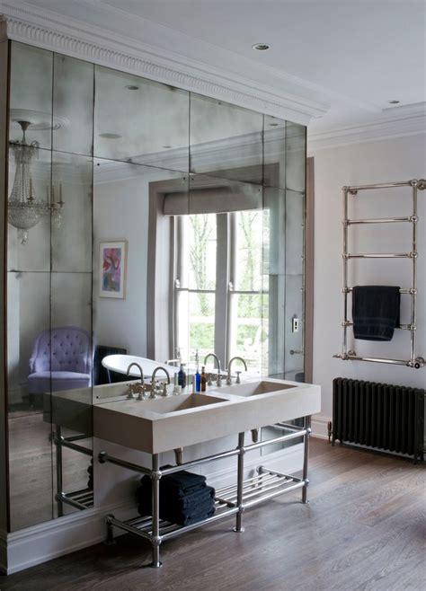 mirrored backsplash decor ideas pinterest best 25 antique mirror walls ideas on pinterest antique