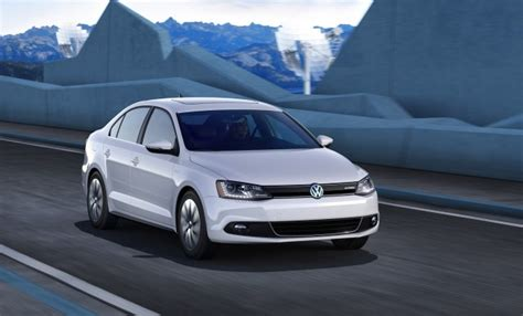 Jetta Volkswagen 2013 by 2013 Volkswagen Jetta Hybrid Or Jetta Tdi Which Would You