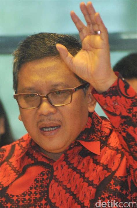 Jokowi Jk soal jokowi jk jilid ii pdip serahkan sepenuhnya ke