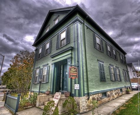 the lizzie borden house lizzie borden house only if you dare pinterest