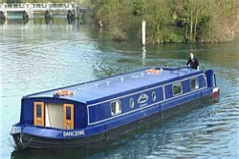 river thames canal boats canal guide boat hire