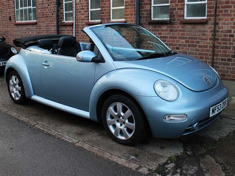 2003 volkswagen beetle blue 2 0 se convertible light blue