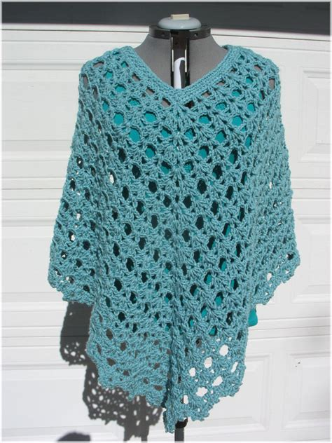 free patterns poncho crochet poncho patterns plus size hekle pinterest