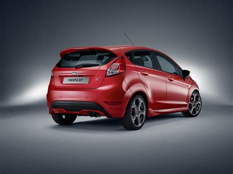 Ford Fiest St by 2017 Ford St Five Door Introduced In Europe