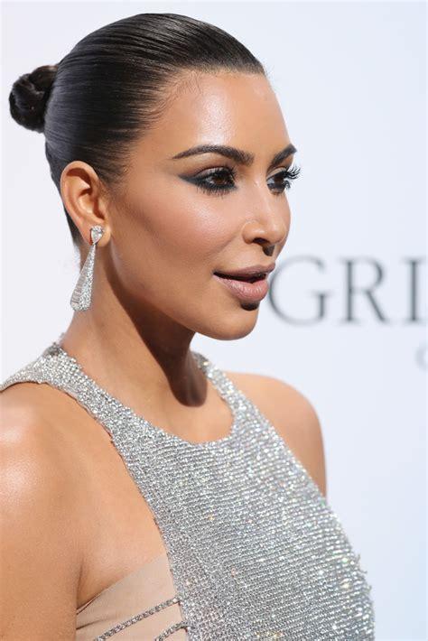 kim kardashian chanel earrings kim kardashian updos looks stylebistro