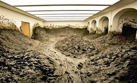 Walter De Earth Room by Two Rooms Filled With Dirt The New York Earth Room By