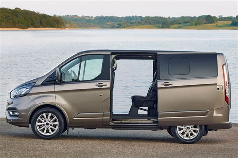 Ford Custom by New Ford Transit Custom For 2018 Info And Pictures Of