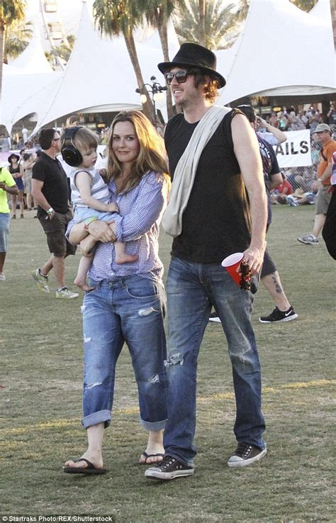 alicia silverstone family alicia silverstone is coming to australia and looking for