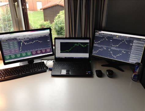 Home Trading Desk by 28 Killer Home Trading Desks From All Around The World