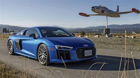 Audi Tt Vs Audi Tts by Faceoff Audi Tts Vs Audi R8 The Globe And Mail
