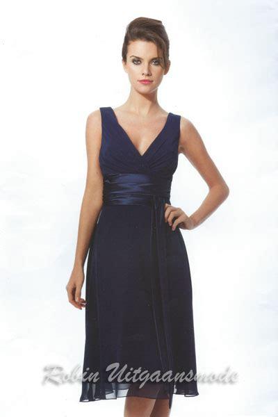 blauwe coctail jurk blauwe galajurk kort en korte cocktailjurk blauw