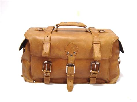 rugged travel luggage 22 quot rugged leather sidepocket duffel travel bag overnight luggage weekender ebay