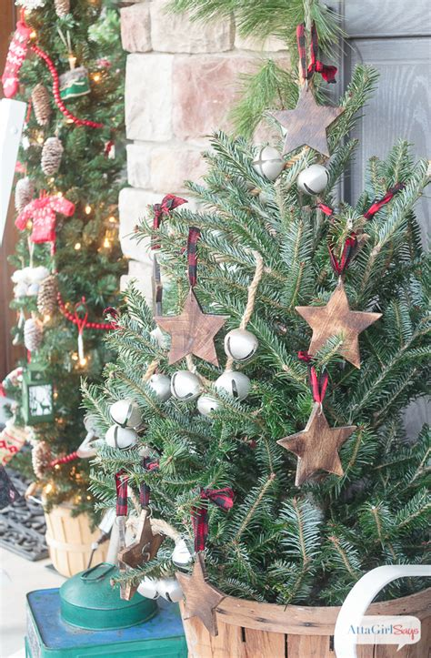 Ornaments Decorating Ideas by Front Porch Decorating Ideas You Ll Want To Copy For
