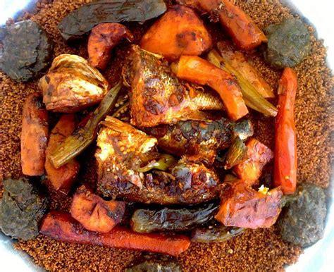Recette du ceebu jen (riz au poisson)- Au Sénégal, le cœur ...