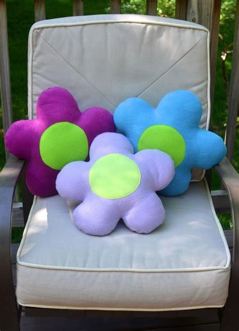 cucire cuscino come cucire cuscino a forma di fiore tutorial e