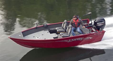 lund boat flooring lund 1650 rebel xs tiller for sale boatshowavenue