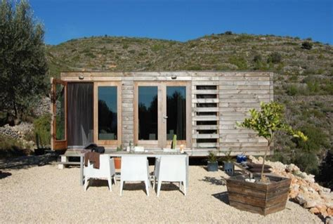 550 square foot house 550 sq ft modern prefab house in spain