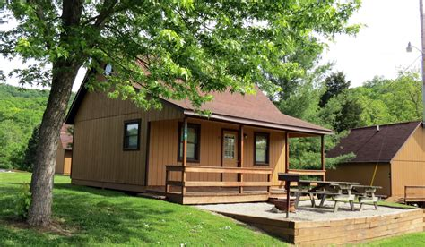 cheap 1 bedroom cabins in gatlinburg tn cheap cabins in pigeon forge under 50 bedroom honeymoon