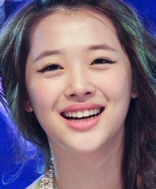 tutorial make up girlband korea girl group members makeup face vs no makeup face kpop life