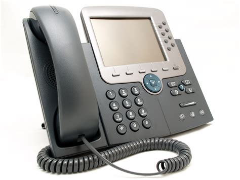 Voice Desk Phone by Businesses Are Hanging Up On The Desk Phone Financial Post