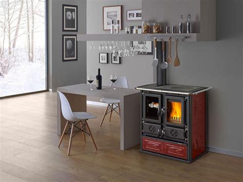 cucine economiche a legna nordica 30 modelli di cucine a legna con forno integrato