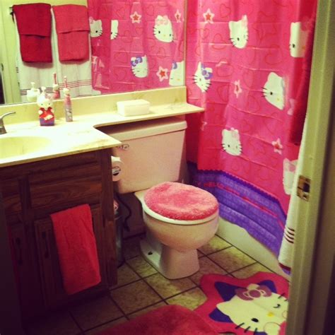 why does my shower curtain turn pink 25 best images about hello kitty bathroom on pinterest