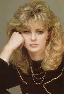 feathered hair 1980s sensaci 243 n vintage 201 ramos tan osados cortes de pelo en