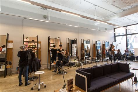 chicago area hair stylist for thinnning hair hair salons in chicago for hair cuts color and blowouts