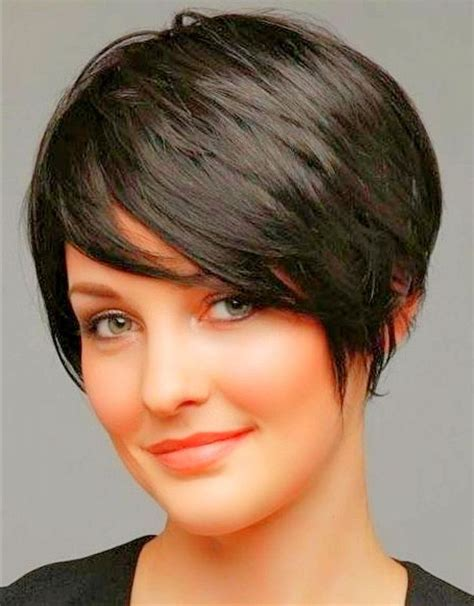 haircut for fat faces with thick hair pixie cuts for round faces pixie cut for round faces