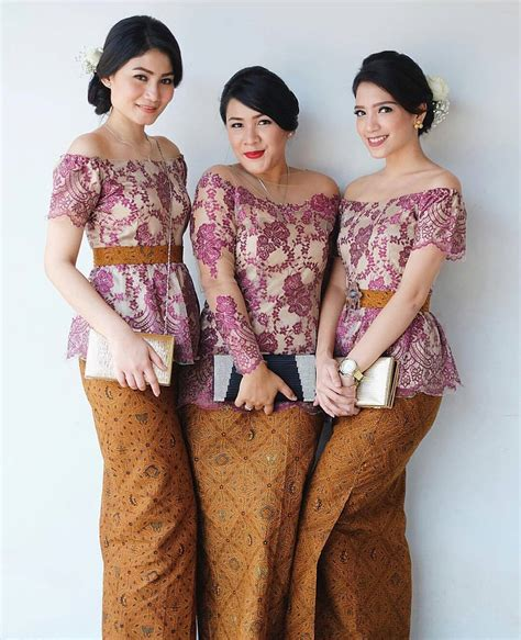 Kebaya Modern Kebaya Www Pixshark Images Galleries With A Bite
