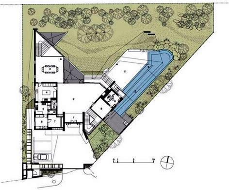 Triangular House Floor Plans by Modern House In Singapore With Trapezoid Shape On A