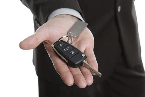 contact  car key replacement services   transponder keys chip keys