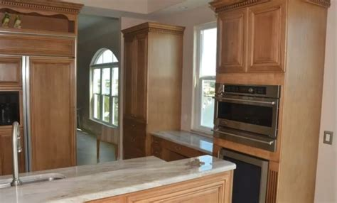 Refacing Old Kitchen Cabinets How To Reface Kitchen Cabinets Kitchen Design