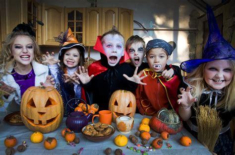 imagenes de halloween en español kids halloween growing your baby