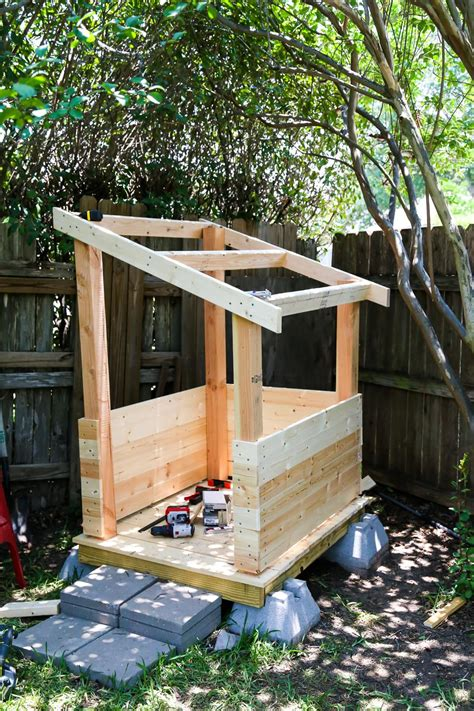 diy backyard playhouse easy diy backyard playhouse love renovations