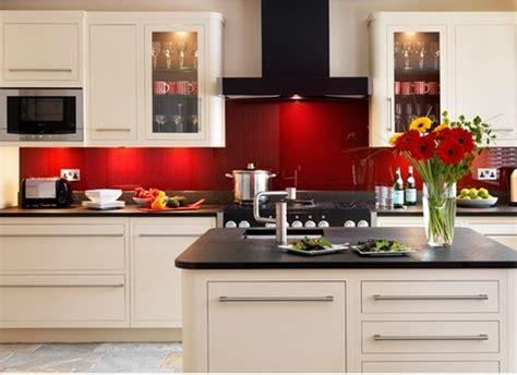 tile splashback ideas pictures red painted kitchens červen 233 pozad 237 v modern 237 kuchyni styl a interier