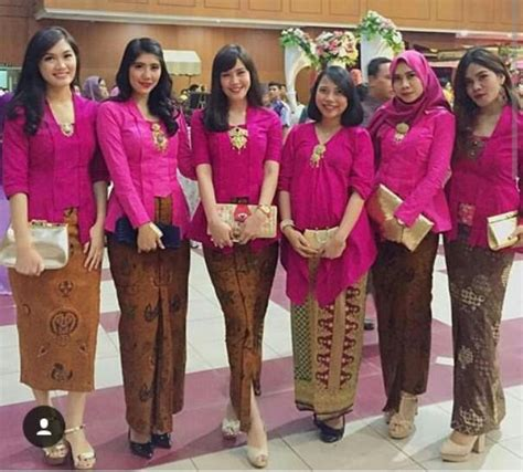 Seragam Batik Pernikahan inspirasi kebaya seragam untuk pesta pernikahan kebaya