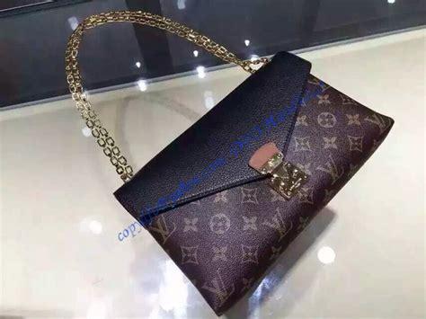 Tas Lv One Handle Flap Bag Platinun louis vuitton monogram canvas pallas chain with black