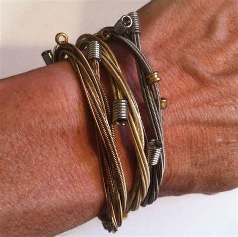 fashionable tutorials    guitar string bracelet guide patterns