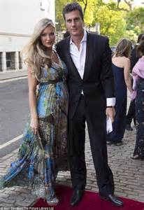 caprice bourret ty comfort caprice dresses her pregnancy curves in flowing maxi dress