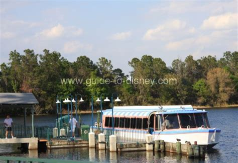 hollywood studios boat guide to disney world friendship boats at disney s