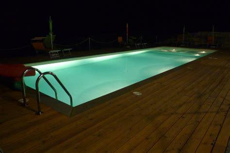illuminazione piscina illuminazione x piscine illuminazione della piscina