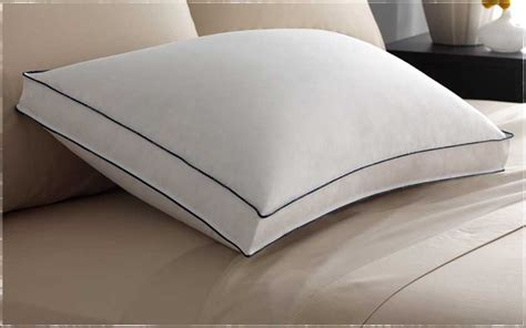 Pillow Sizes For Bed by Bed Pillow Sizes Guide Pacific Coast Bedding