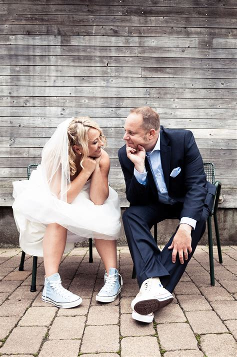 Hochzeit Chucks by Hochzeiten Fotografie Breuer