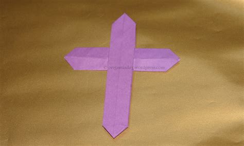 How To Make A Origami Cross - cross an origami a day