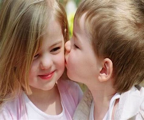 wallpaper cute couple baby kissing wallpapers wallpaper cave