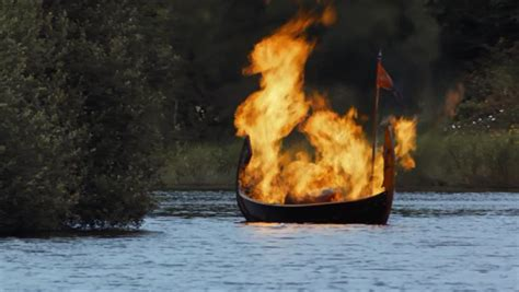 fire boat funeral fire on the water cremation in game of thrones season 3