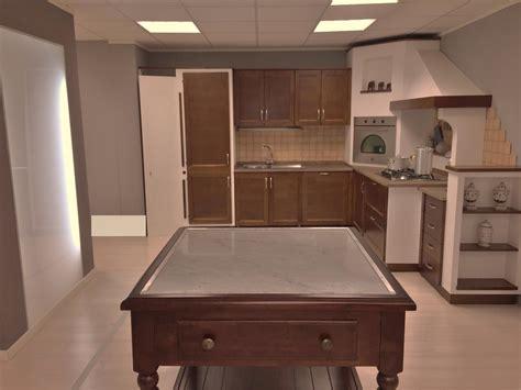 cucina in rovere cucina in rovere scuro farolfi casa
